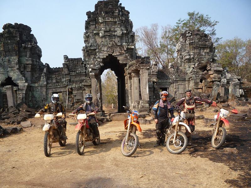 Kickstart Dirt Bike Adventures - Ride The World